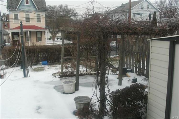 233 West Berwick Street, Easton, PA - USA (photo 5)