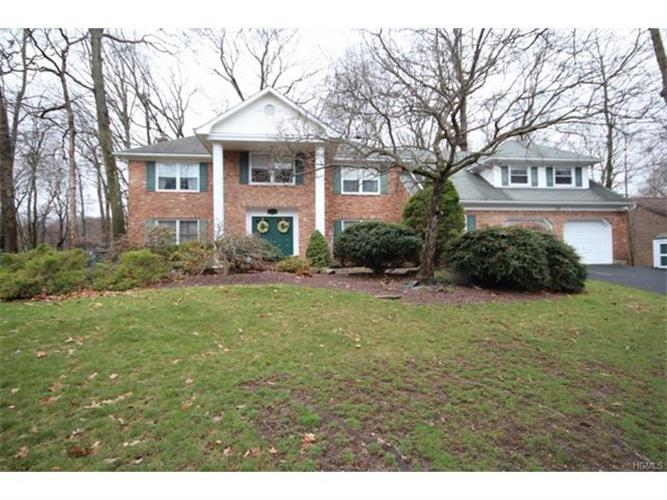 41 Newport Drive, Nanuet, NY - USA (photo 1)