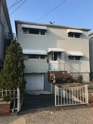 98 Roosevelt Ave 1, Jersey City, NJ - USA (photo 1)