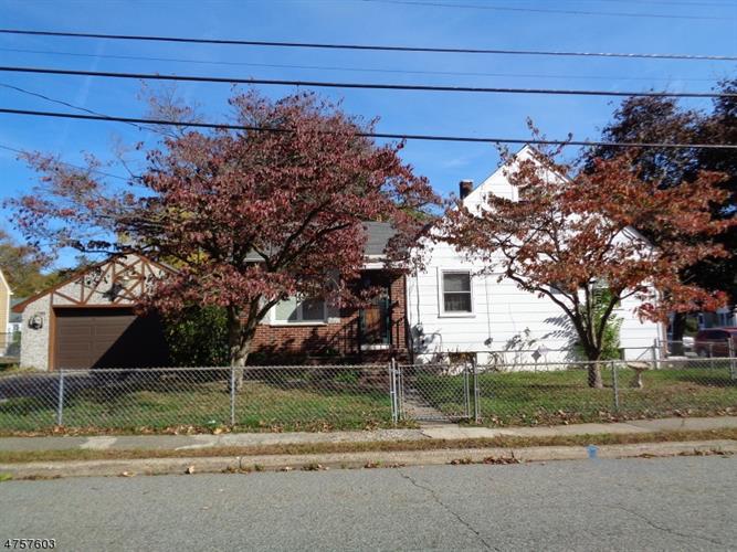 29 Riverdale Rd, Pompton Lakes, NJ - USA (photo 1)