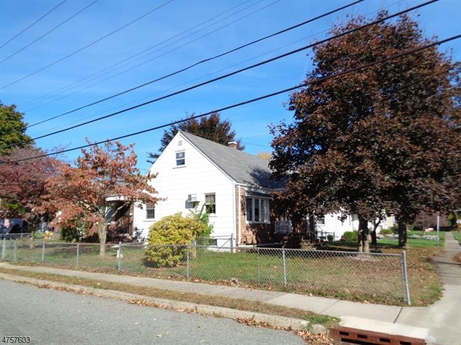 29 Riverdale Rd, Pompton Lakes, NJ - USA (photo 3)