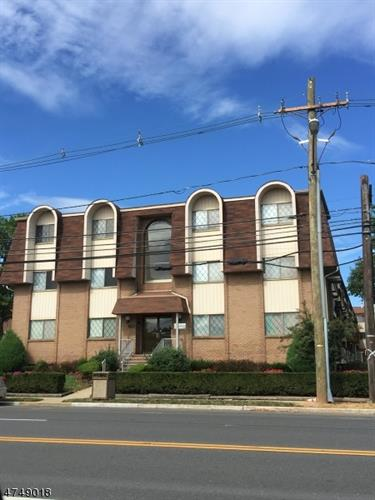 1190 W Saint George Avenue B24, Linden, NJ - USA (photo 1)