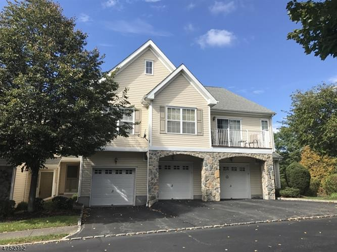 67 Mountainside Dr 63, Pompton Lakes, NJ - USA (photo 1)