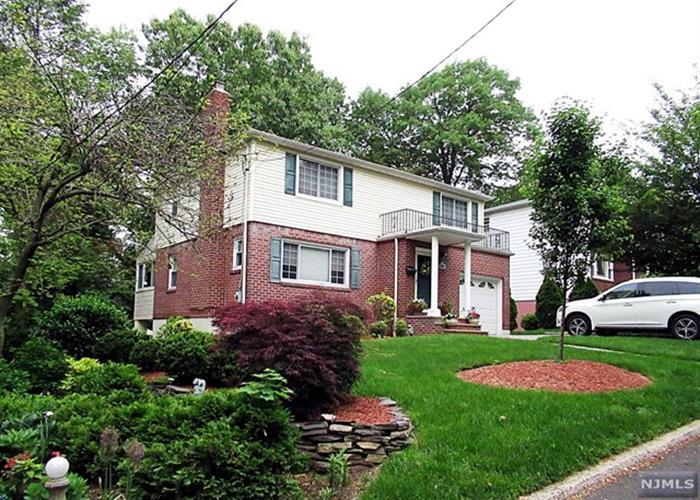 142 Reldyes Avenue, Leonia, NJ - USA (photo 2)