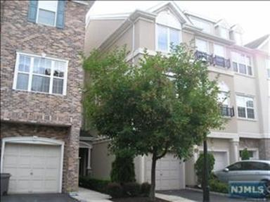 36 George Russell Way, Clifton, NJ - USA (photo 1)