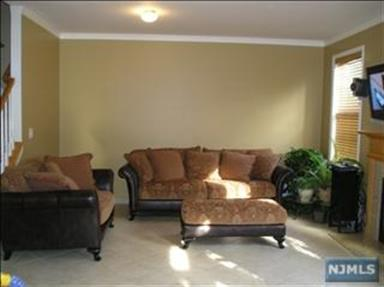 36 George Russell Way, Clifton, NJ - USA (photo 2)