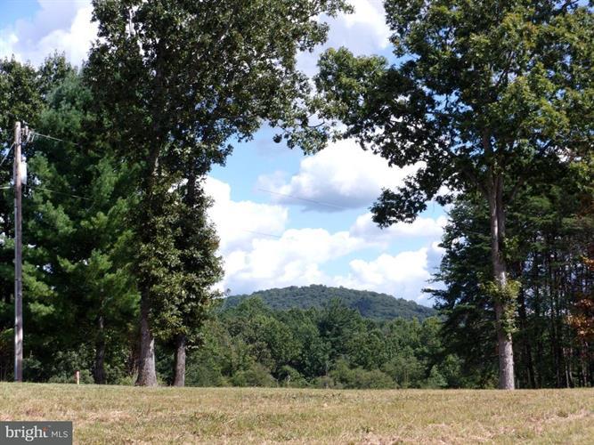 Aaron Mountain Rd, Castleton, VA - USA (photo 1)