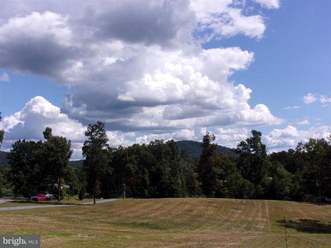 Aaron Mountain Rd, Castleton, VA - USA (photo 2)