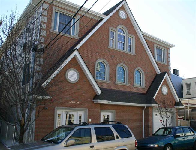 6708-10 Jackson St 2, Guttenberg, NJ - USA (photo 1)