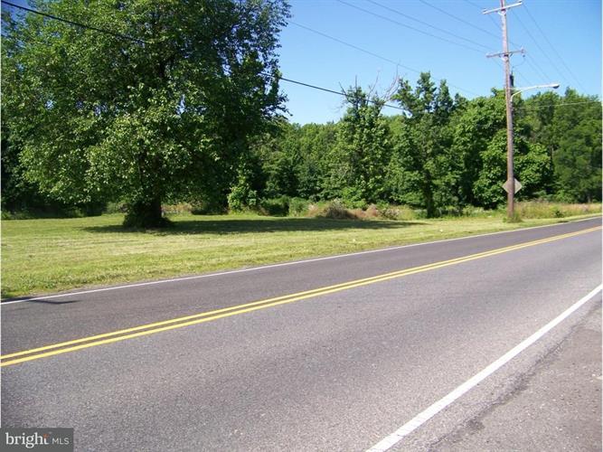 L:8 Bristol Pike, Morrisville, PA - USA (photo 4)