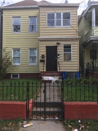 173 Harrison St, Passaic, NJ - USA (photo 1)