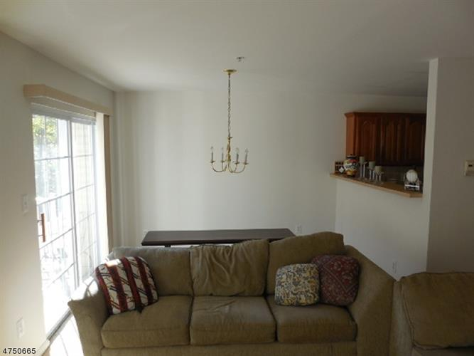 43 Ridge Dr, Pompton Lakes, NJ - USA (photo 4)