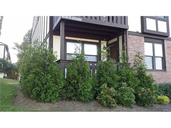 675 Sierra Vista Lane, Valley Cottage, NY - USA (photo 1)