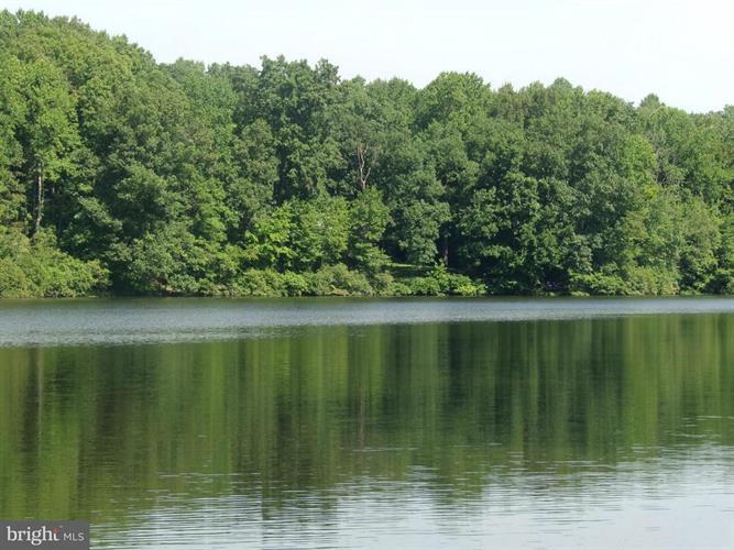 12809 Lake Wilderness Lane, Spotsylvania, VA - USA (photo 2)