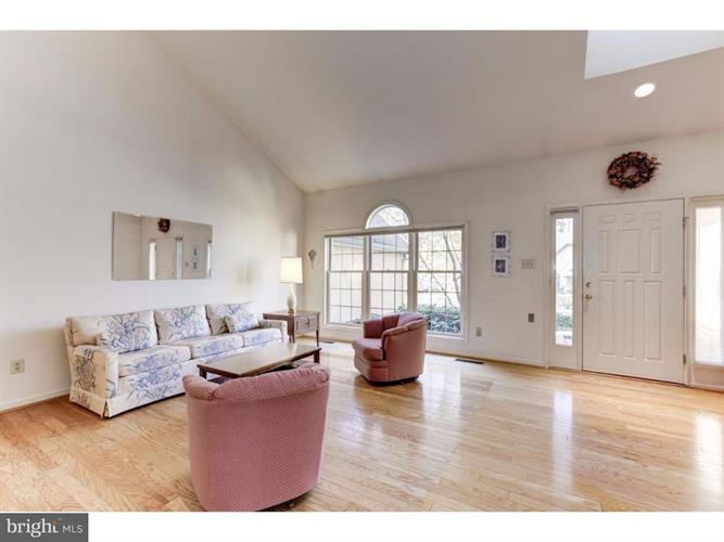 1259 Oakmont Court, West Chester, PA - USA (photo 3)