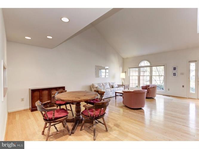 1259 Oakmont Court, West Chester, PA - USA (photo 4)