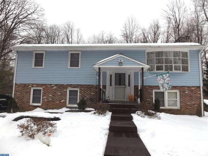 1472 Mission Rd, Quakertown, PA - USA (photo 1)