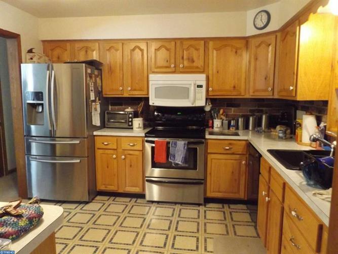 1472 Mission Rd, Quakertown, PA - USA (photo 3)