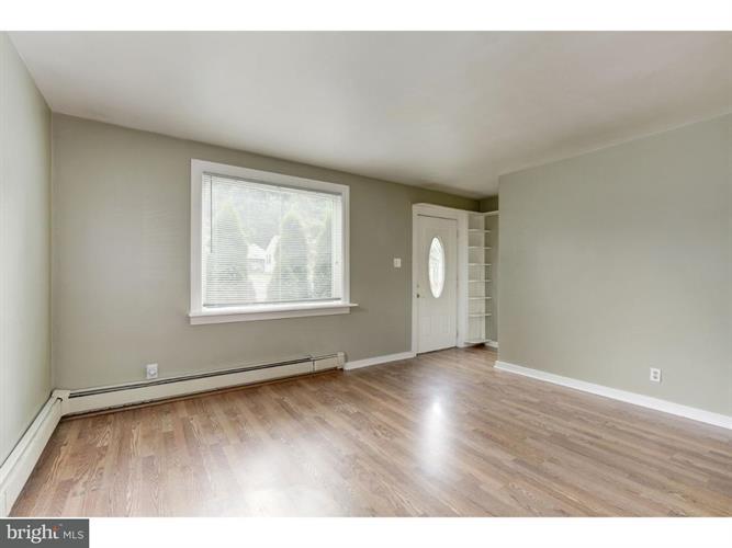 1404 Wall Avenue, Burlington Township, NJ - USA (photo 5)
