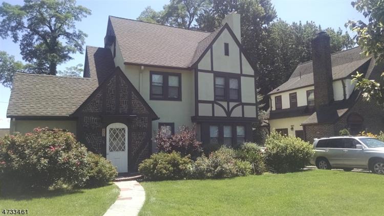 111 Stonehouse Rd, Bloomfield, NJ - USA (photo 1)