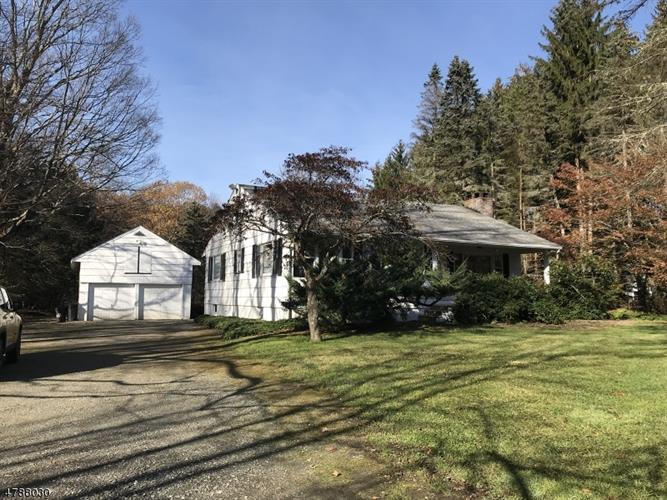 835 Union Valley Rd, West Milford, NJ - USA (photo 1)