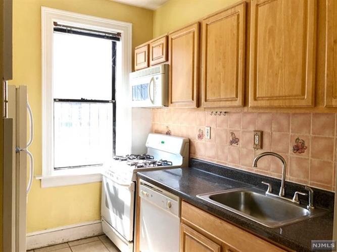 2700 John F Kennedy Blvd 111, Jersey City, NJ - USA (photo 1)
