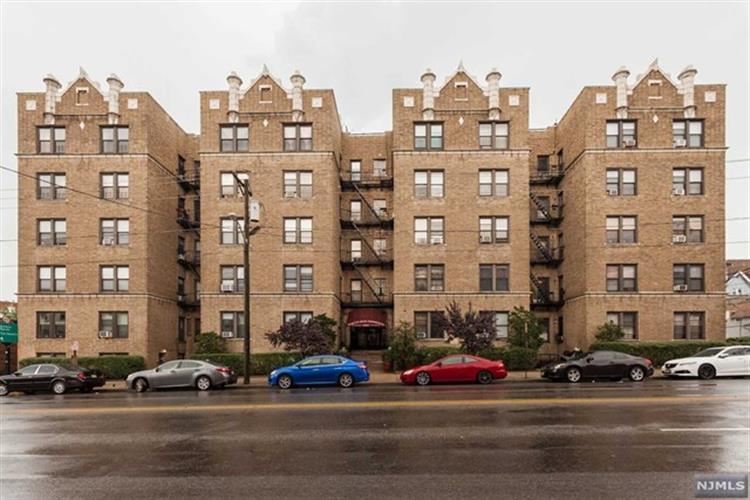 2700 John F Kennedy Blvd 111, Jersey City, NJ - USA (photo 2)