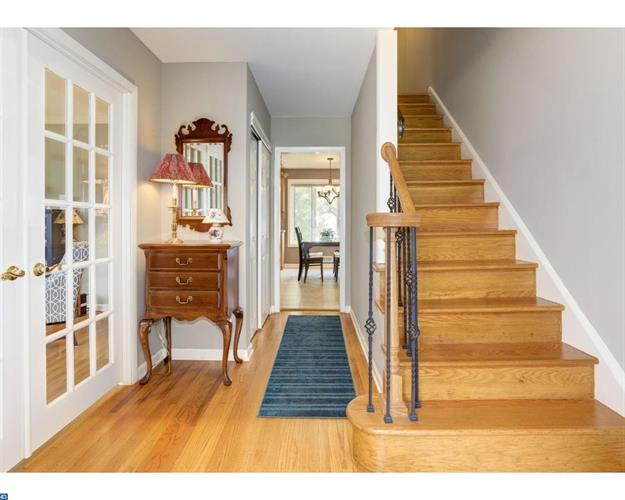 214 Old Orchard Rd, Cherry Hill, NJ - USA (photo 4)