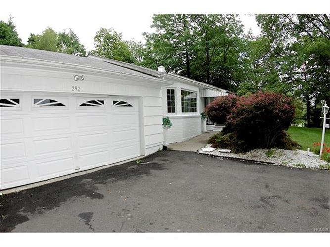 292 Hempstead Road, Spring Valley, NY - USA (photo 1)