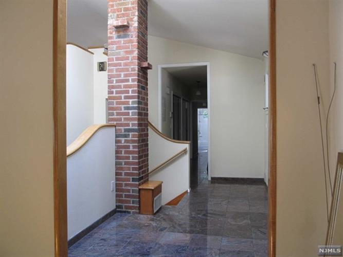 620 West Dr, Paramus, NJ - USA (photo 3)
