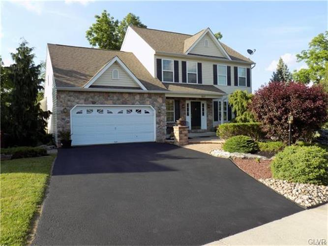 5517 Summit Street, Whitehall, PA - USA (photo 1)