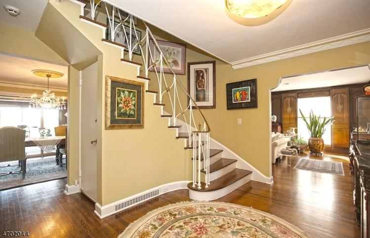 40 Crest Dr, South Orange, NJ - USA (photo 3)