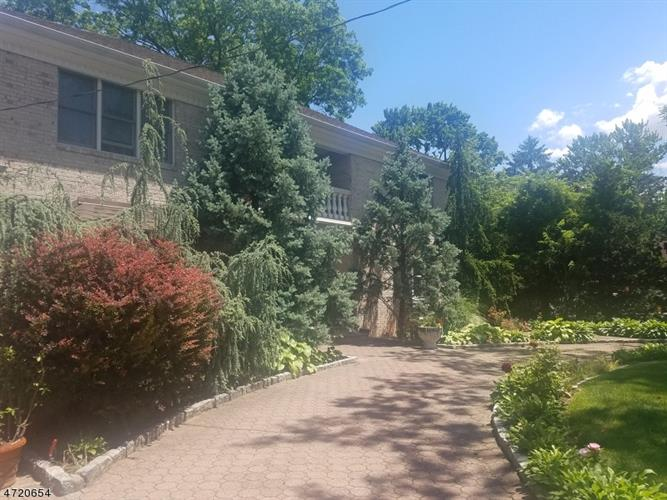 210 Hillside Ave, Springfield, NJ - USA (photo 3)