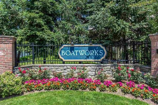 8 Boatworks Dr, Unit Th Th, Bayonne, NJ - USA (photo 1)