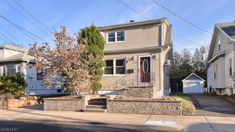 112 Dewey Ave, Totowa Boro, NJ - USA (photo 2)