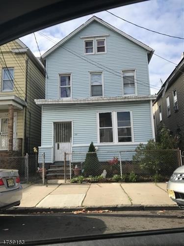 134 Livingston St, Elizabeth, NJ - USA (photo 1)
