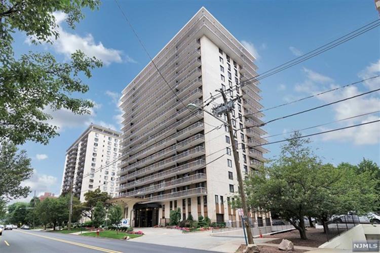 151 Prospect Avenue, Unit #6d 6d, Hackensack, NJ - USA (photo 1)