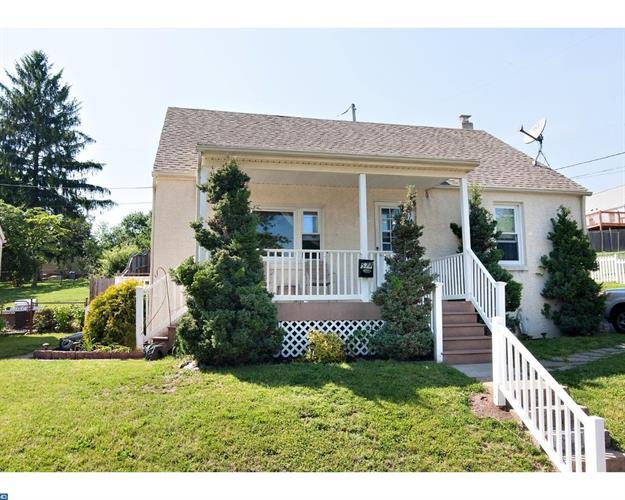 577 Belmont St, Pottstown, PA - USA (photo 1)