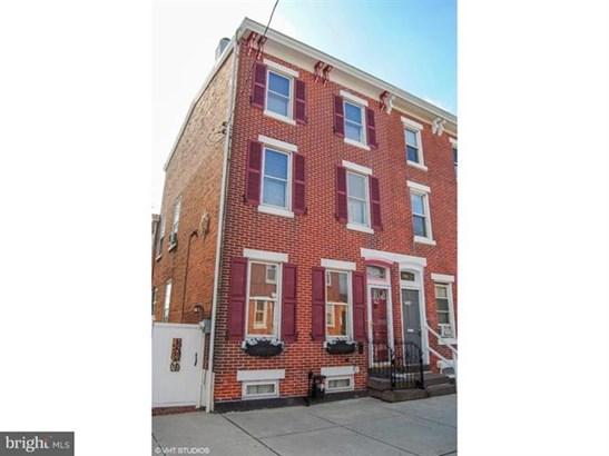 704 Kohn Street, Norristown, PA - USA (photo 1)