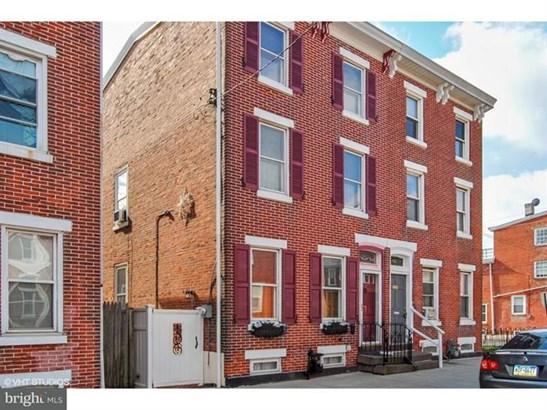704 Kohn Street, Norristown, PA - USA (photo 2)