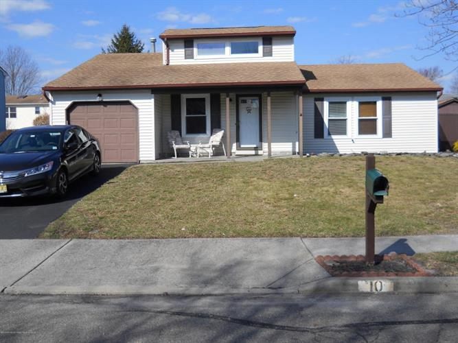 10 Jumping Bush Way, Howell, NJ - USA (photo 1)