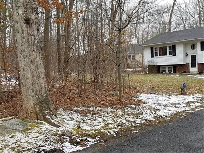 647 Kirbytown Road, Middletown, NY - USA (photo 2)