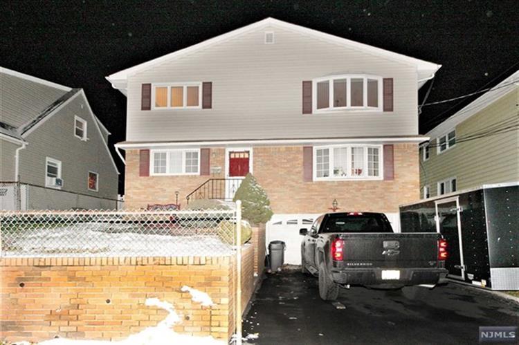 69 Morrell Place, Unit #2 2, Garfield, NJ - USA (photo 1)