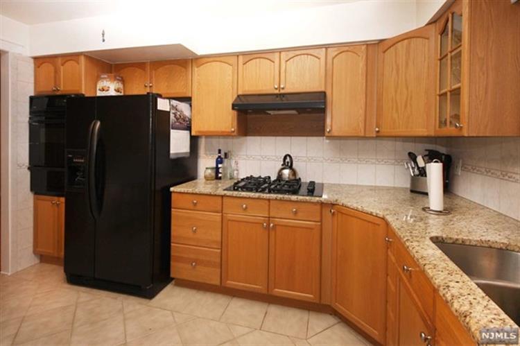 69 Morrell Place, Unit #2 2, Garfield, NJ - USA (photo 4)