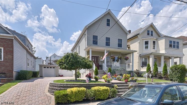 35 Humphrey Ave, Bayonne, NJ - USA (photo 1)