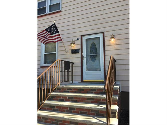 96 Oak Street, Avenel, NJ - USA (photo 2)