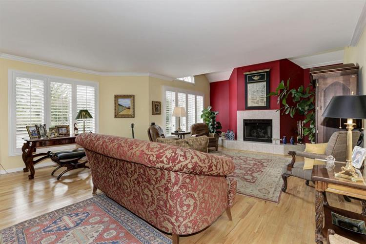 330 E Main Street, Oceanport, NJ - USA (photo 5)