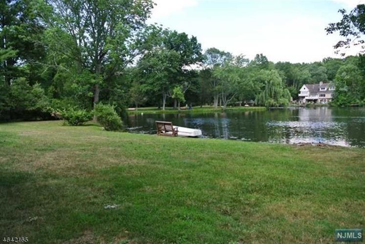 138 West Lake Drive, Wayne, NJ - USA (photo 2)