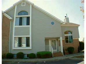 91 Joann Court 91, South Brunswick, NJ - USA (photo 1)