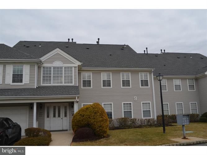 910 Eagles Chase Drive, Lawrenceville, NJ - USA (photo 1)